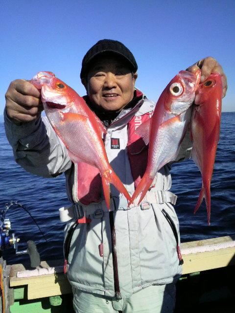 初島沖のキンメダイ釣り