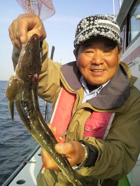 今日も…永井釣りに…きてますよ…