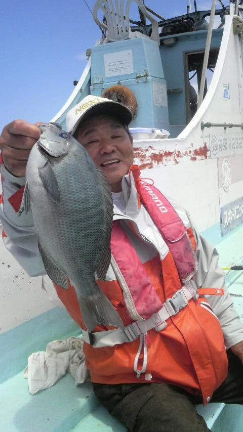佐島・志平丸のライト五目釣り。