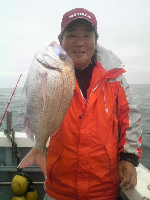 今日は…片貝漁港のハナダイ大会に…