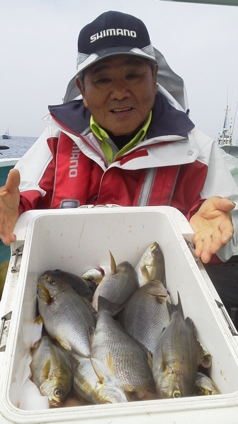 6月1日に解禁した剣崎沖のイサキ釣り〜