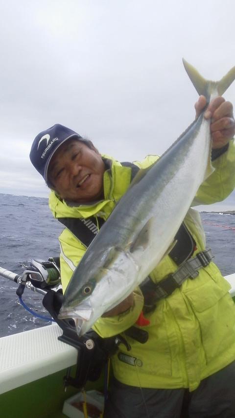 こんな天候でも…釣りに〜