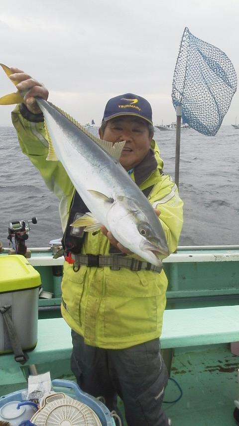 剣崎、あまさけ丸のまだい・ワラサ釣りに…………