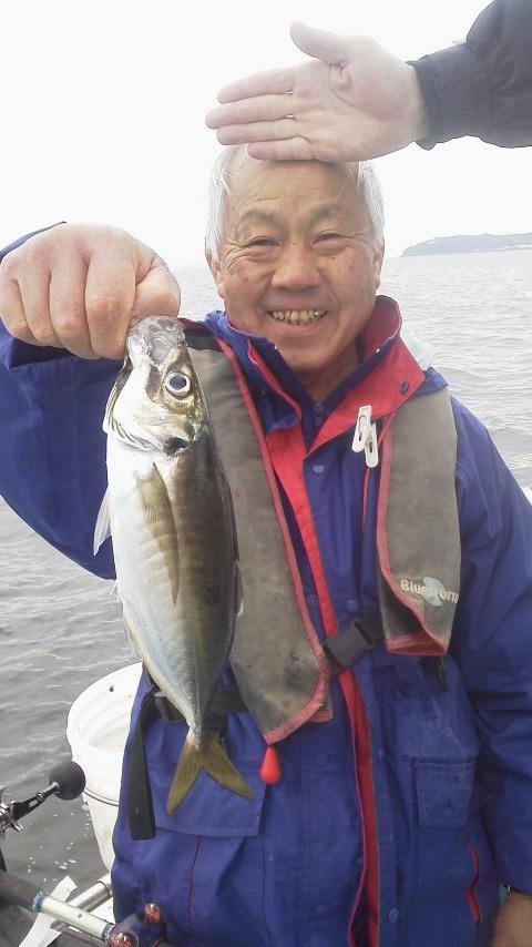 走水…広川丸のマアジ釣りに…