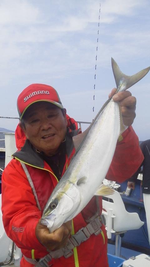 沼津静浦・真成丸の乗っ込みマダイ釣りに…