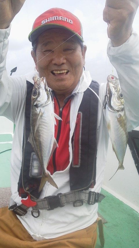 金沢八景漁港・忠彦丸のビシアジ釣り…………