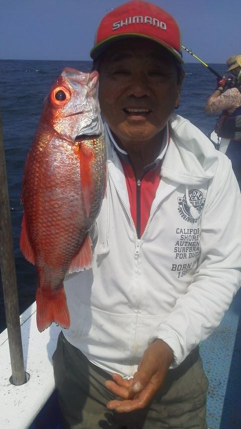 波崎・はまなす丸のアカムツ釣りに…