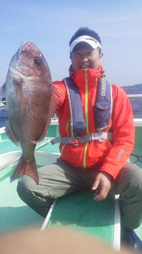 永井会の例会で…マダイ釣りを…