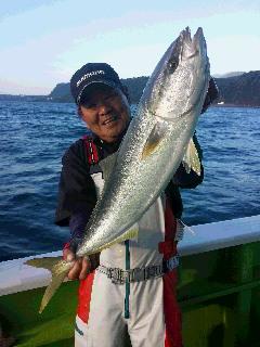 リベンジのワラサ釣りに…