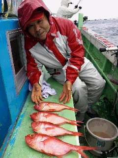 キンメ釣りに…