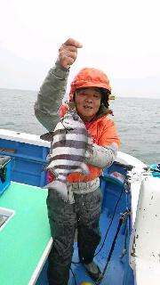 リベンジでマダイ釣りに……